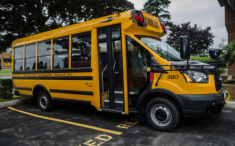 Organizers of group travel can cast their worries aside when they book one of our small school buses. Ideal for field trips, small school buses are a model of convenience, safety and cost efficiency.